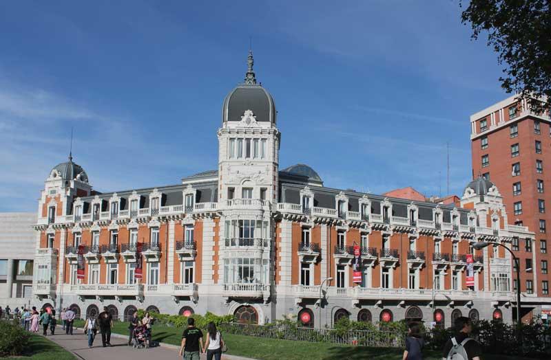 Edificio de la Compañía Asturiana de Minas