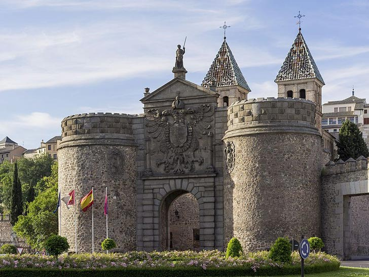 Puerta de Bisagra, la entrada al casco histórico de Toledo