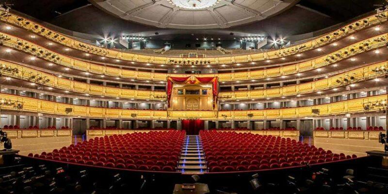 El templo de la Ópera en España es el Teatro Real de Madrid